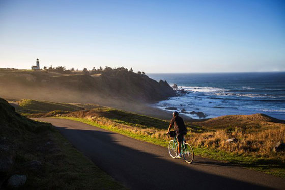 Photo WildRivers Coast Designated Scenic Bikeway by ocean